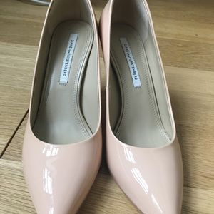 DVF Anette Nude Patent Pointed Toe Pumps